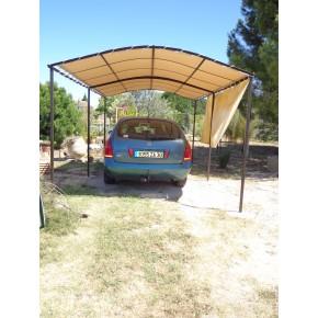 Protection solaire pour abri voiture en qualité SOLTIS 92 de chez FERRARI