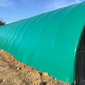 Bâche pour tunnel de stockage matériel agricole